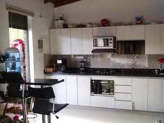 Apartamento en venta en Rosales de 3 hab. con Bbq...
