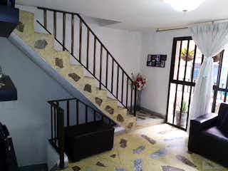 Casa en venta en Universidad Medellín de 4 hab. con Balcón...