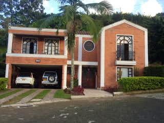 Casa en venta en Calle Larga con Bbq...