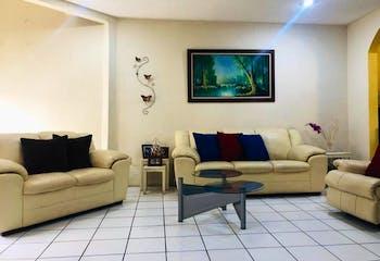 Casa en venta en  Jardines del Sur, Xochimilco 4 recámaras