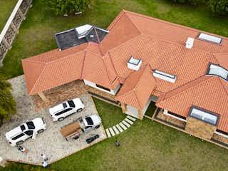 Casa en venta en Tres Puertas de 465m²