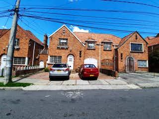 Casa en venta en Quinta Camacho 423m² con Jardín...