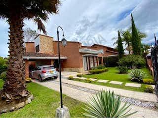 Casa en venta en San Antonio De Pereira 320m²