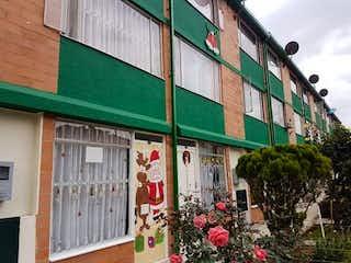 Casa en venta en Techo de 4 hab.