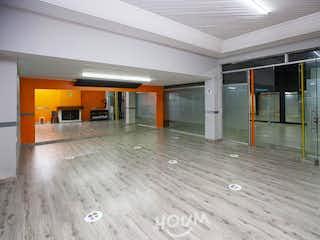 Casa en Canaima, Paseo de los Libertadores. 5 habitaciones. 291.0 m2