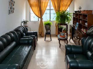 Casa en Claret, Quiroga. 7.0 habitaciones. 288.0 m2