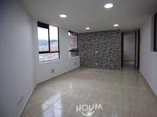 Un cuarto de baño con lavabo y ducha en Apartamento en Alcala, El Prado. 2 habitaciones. 47 m2