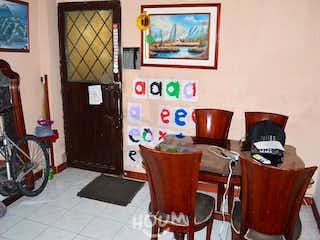 Casa en Las Mercedes. 8.0 habitaciones. 420.0 m2