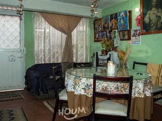 Casa en Ciudad Bachué, Minuto de Dios. 6.0 habitaciones. 120.0 m2