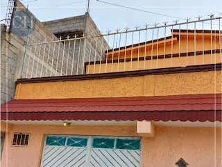 Casa en Venta en La Guadalupana Ecatepec de Morelos