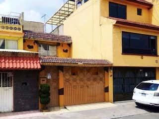 Casa en venta en El Rosario, 151m²