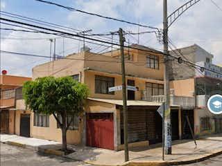 Casa en venta en El Rodeo, 240m²