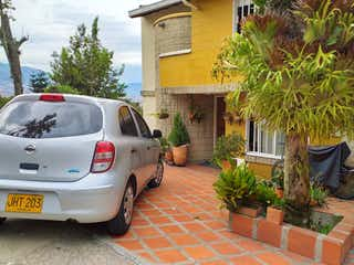 Venta Casa en Belén Loma de los Bernal