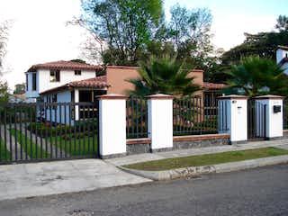 Casa en venta en San Antonio De Pereira con acceso a Jardín