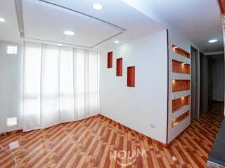 Apartamento en Roma, Timiza. 3.0 habitaciones. 48.0 m2