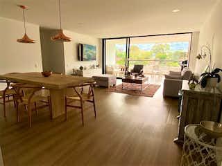 Apartamento en venta en Loma De Las Brujas de 171m² con Piscina...