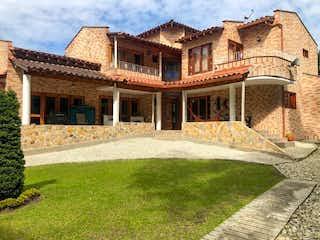 Casa en venta en Guayabito 310m² con Jardín...