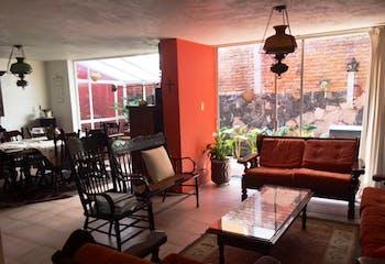 Casa en venta en San Francisco de 188 mt2. con 2 niveles.