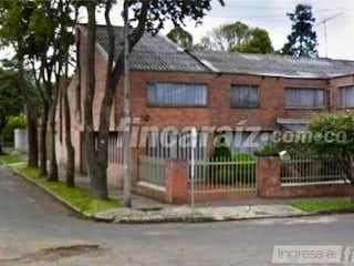 Casa en venta en Barrio Niza, 509m² con Jardín...