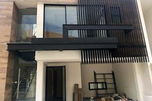 Casa En Acqua Zona Esmeralda Con Hermoso Diseño y Acabados.