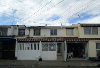 Casa en venta en Villa Del Prado, 190m²