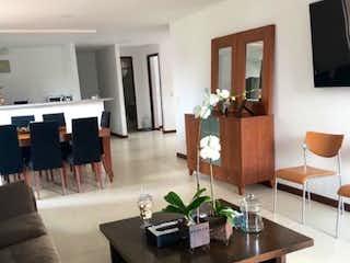 Apartamento en venta en La Abadía con Balcón...