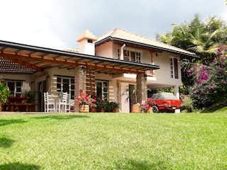 Casa en venta en Quirama de 4 hab. con Bbq...