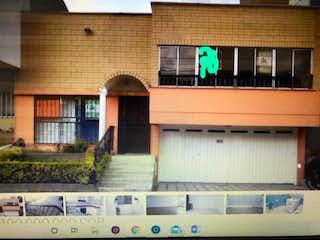 Casa en venta en Cuarta Brigada de 5 habitaciones