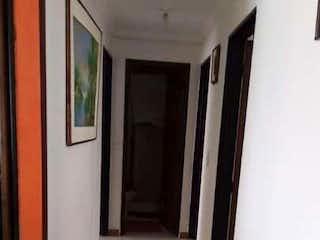 Apartamento en venta en Barrio Restrepo de 3 habitaciones
