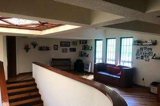 Casa en venta en Héroes de Padierna de 432mts, dos niveles