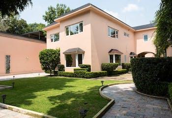 Casa en Renta baja de precio  o Venta en Lomas de Chapultepec con Uso de Suelo