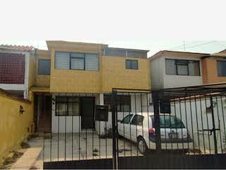 Casa en Venta en Valle de los Pinos 1ra Sección Tlalnepantla de Baz