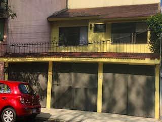 Casa en venta en Paseos De Taxqueña de 5 recámaras