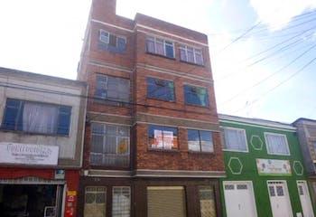 Apartamento en venta en Eduardo Santos, 129m²