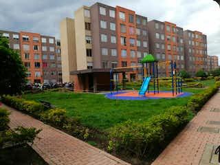 Apartamento en venta en Villas De Granada de 3 habitaciones