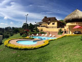 Finca Guarne, Casa en venta en La Hondita con acceso a Zonas húmedas