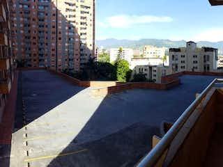 Apartamento en venta en Media Luna 79m²