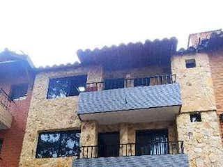 Casa en El Trianon, Envigado
