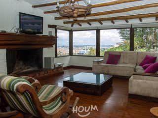 Casa en Suba Centro, Suba. 5 habitaciones. 540 m2