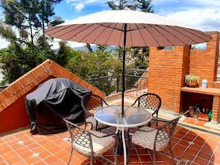 Casa en venta en Altos De Chozica de 4 alcoba