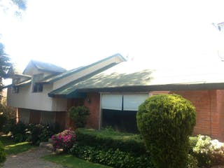 Casa en venta en San Nicolás Totolapan, Ciudad de México