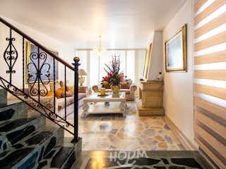 Casa en Niza Norte, Niza. 3.0 habitaciones. 210.0 m2