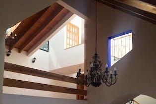 Casa en venta en Jardines del Ajusco, 480mt de dos niveles.
