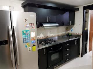 Casa en venta en Asdesillas de 4 habitaciones