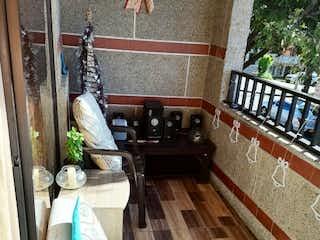 Casa en venta en Manrique Central No. 1 de 4 hab. con Balcón...