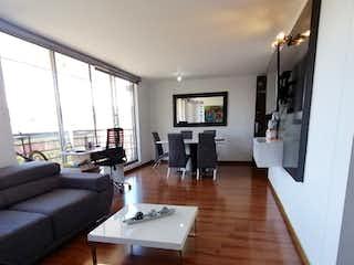 Apartamento en venta en La Felicidad con Piscina...