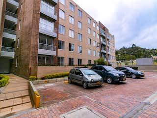 Apartamento en venta en Esmeralda de 3 habitaciones