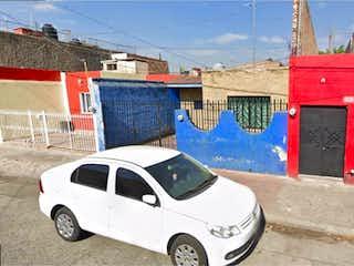 Casa en venta en Belisario Domínguez de 2 hab. con Jardín...