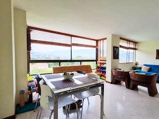 Apartamento en Loma de los Yarumos, Medellin