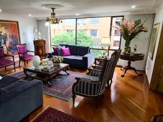 Apartamento en venta en Rosales, 246m² con Gimnasio...